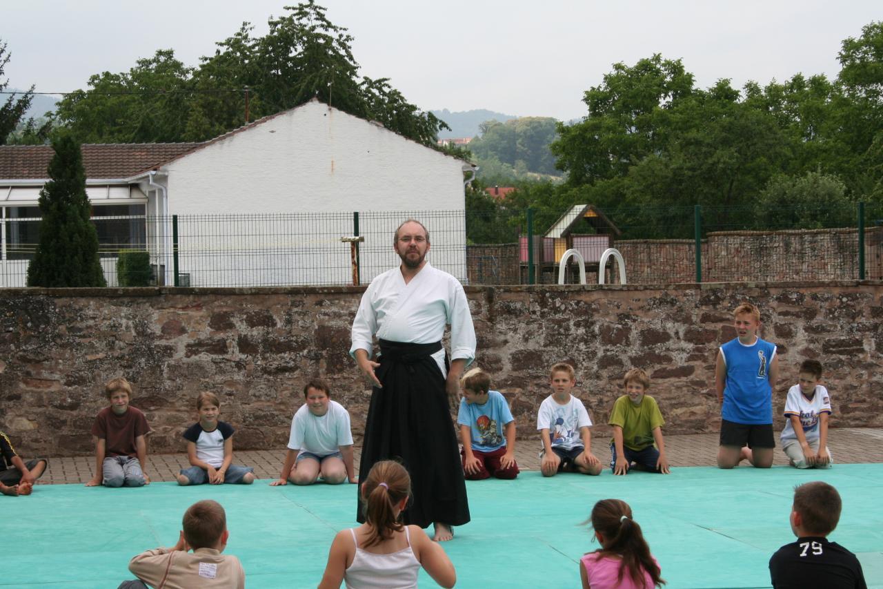 Démonstration Aikido à Marmoutier_20060628_001