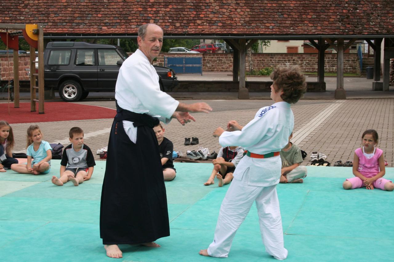 Démonstration Aikido à Marmoutier_20060628_017