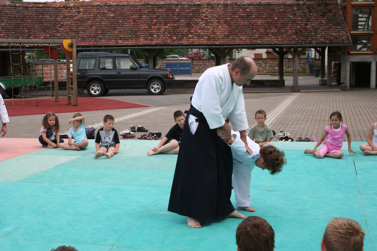 Démonstration Aikido à Marmoutier_20060628_021