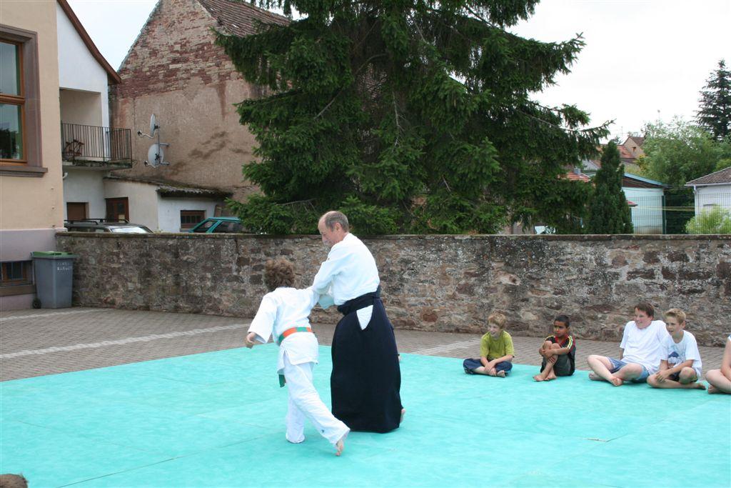 Démonstration Aikido à Marmoutier_20060628_042