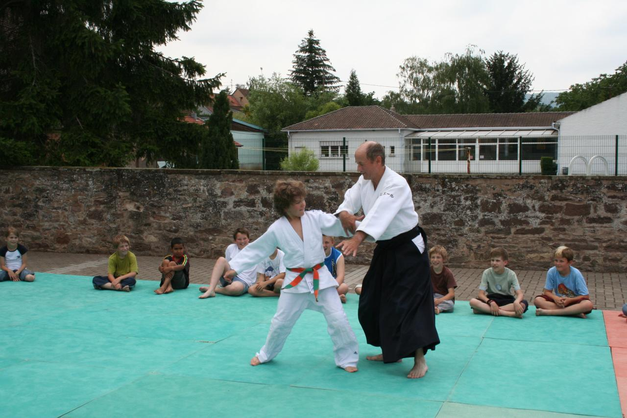 Démonstration Aikido à Marmoutier_20060628_045