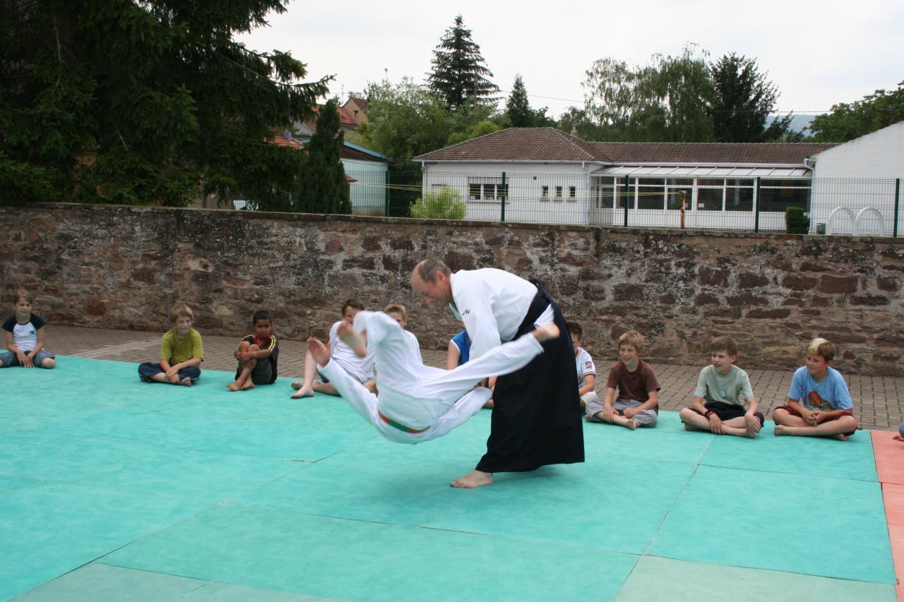 Démonstration Aikido à Marmoutier_20060628_046