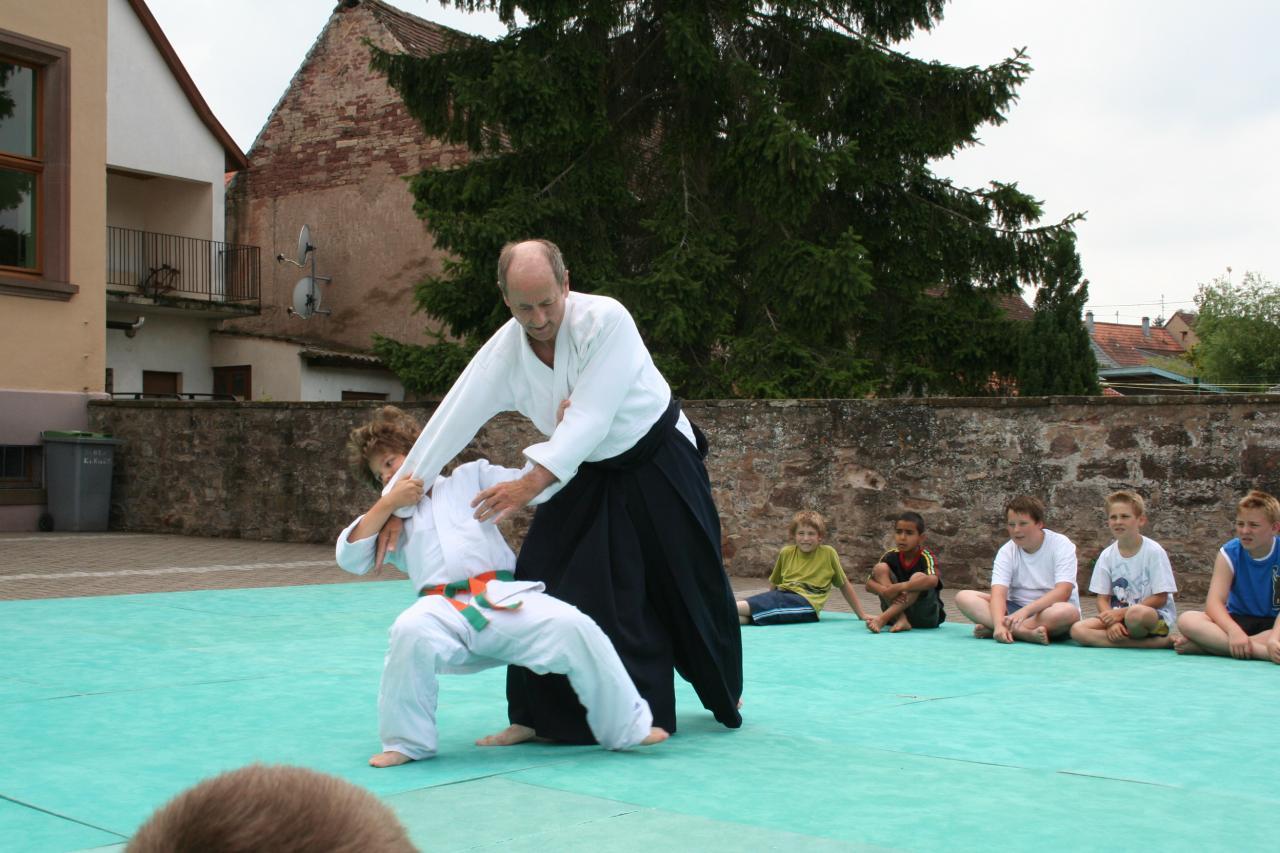 Démonstration Aikido à Marmoutier_20060628_048