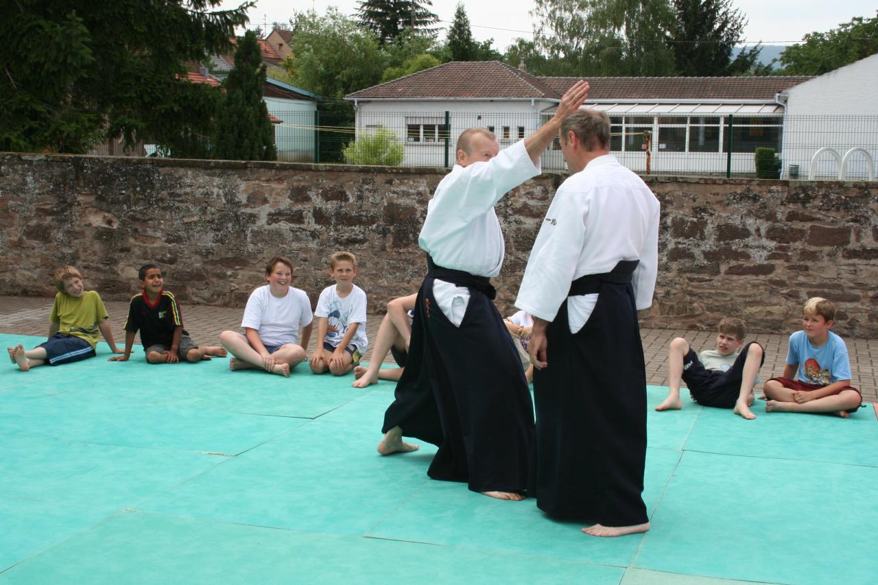 Démonstration Aikido à Marmoutier_20060628_051