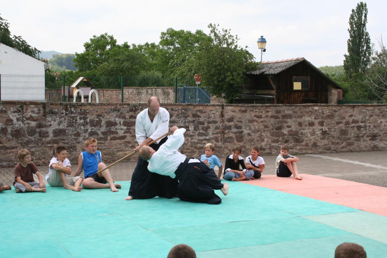 Démonstration Aikido à Marmoutier_20060628_063